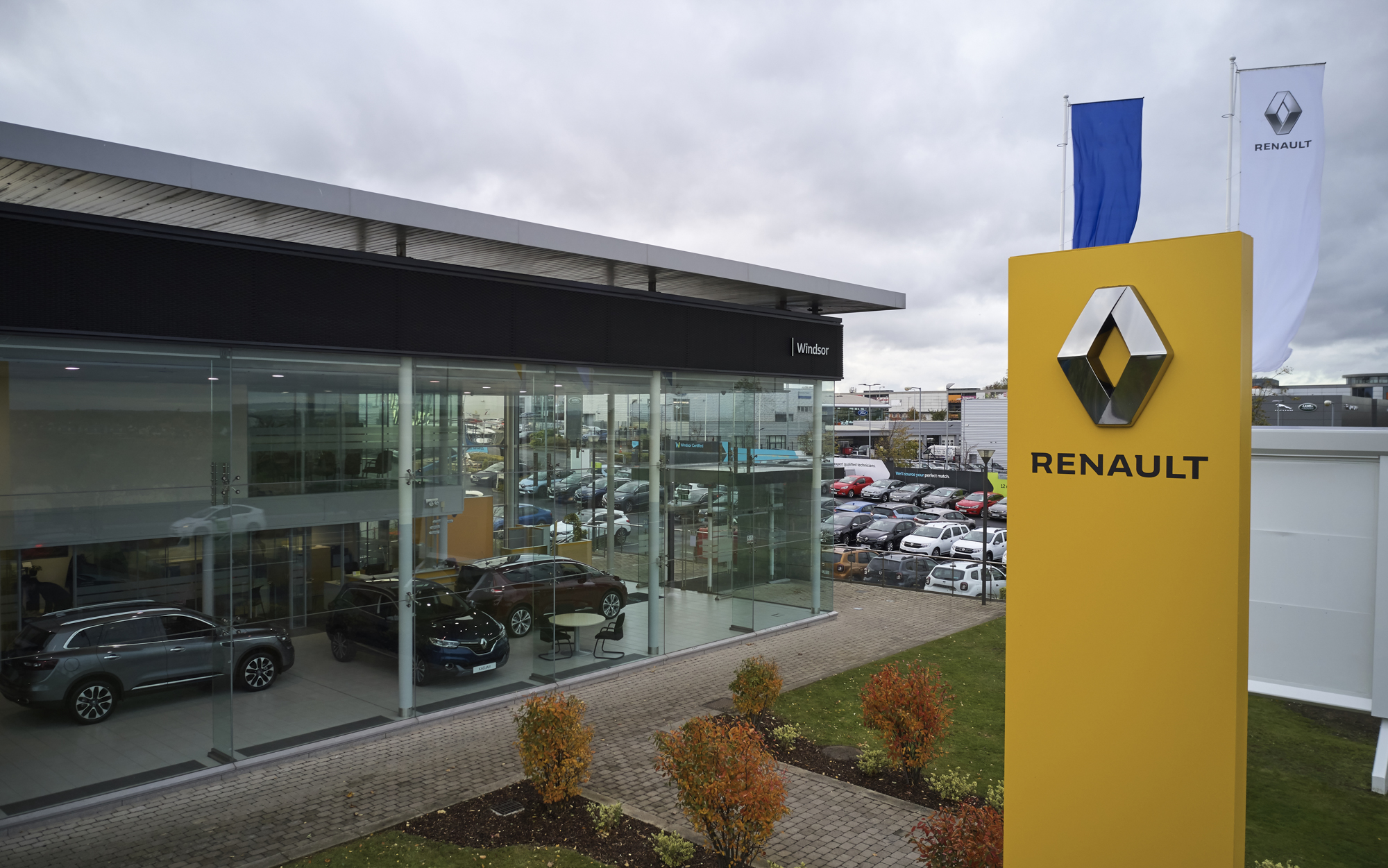 Windsor acquires second Renault and Dacia dealership
