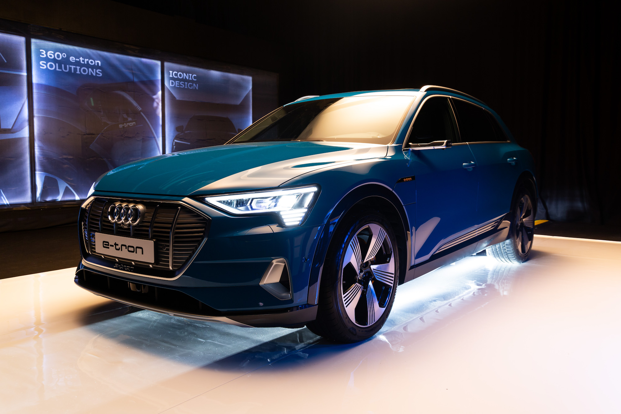 Audi to take orders for e-tron from January 2019