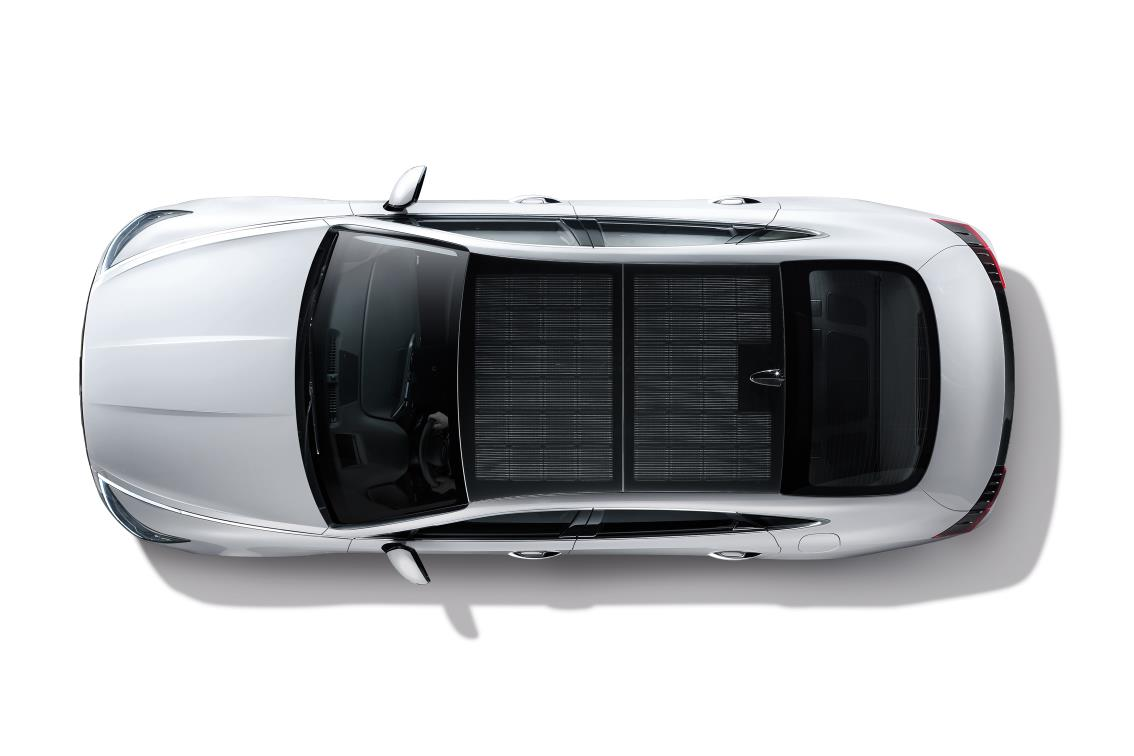 Hyundai has first car with solar roof charging system