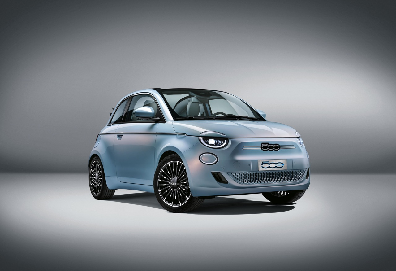 All-new Fiat 500 is all-electric break cover